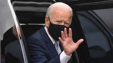 Een foto van Joe Biden met een mondkapje