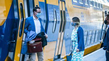 Trein NS dienstregeling reizigers mondkapjesplicht