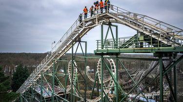 Attractiepark de Efteling neemt afscheid van de oude Python. De achtbaan stamt uit het openingsjaar 1981 en heeft inmiddels een totale afstand van 309.435 kilometer afgelegd.  / ANP