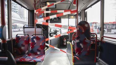 'App bepaalt wie in de trein en bus mag of niet'