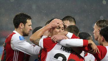 Feyenoord met zeven doelpunten naar bekerfinale