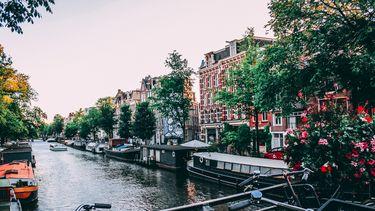 Nederland kleurt donkerrood op Europese coronakaart