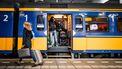 Meerdere treinen kwamen woensdagochtend stil te staan in de tropische hitte