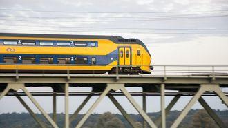 Reizigers beoordelen treinreis steeds positiever