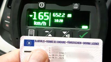 Belg rijdt met 165km langs wegwerkzaamheden