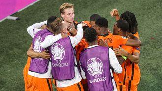 Tsjechen door problemen vliegtuig later naar Boedapest voor EK-duel tegen Nederland