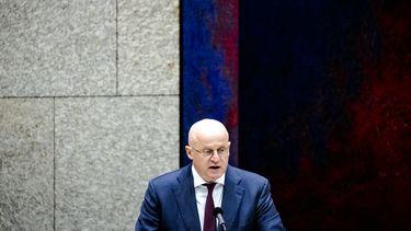 Minister Ferd Grapperhaus avondklok spoedwet