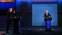 Op deze foto zijn Donald Trump en Joe Biden te zien tijdens het eerste debat.