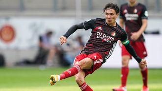 Een foto van Steven Berghuis in actie voor Feyenoord