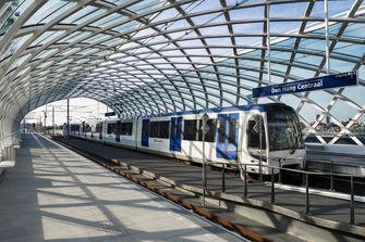 Nieuw trein- en metrostation geopend in Den Haag