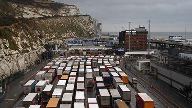 Drukte in de haven van Dover