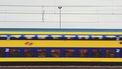 Foto van een voorbij razende trein