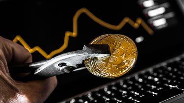 Bitcoin maakt grootste val in maanden