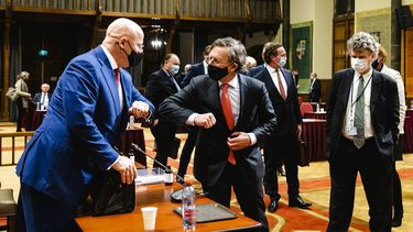 Eerste Kamer stemt over spoedwet avondklok