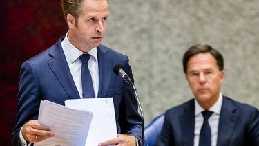 Hugo de Jonge, minister van Volksgezondheid, Welzijn en Sport, tijdens een plenair debat over de ontwikkelingen rondom het coronavirus.