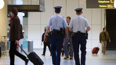 Vliegtuig ontruimd na bommelding Eindhoven Airport