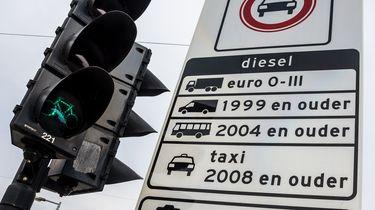Kabinet ziet niets in autoplannen Amsterdam