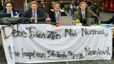 Vijf studenten van de TU Eindhoven voeren actie