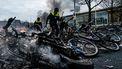 Een foto van de schade die relschoppers in Eindhoven aanrichtten