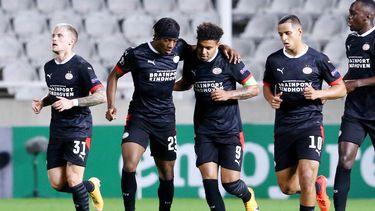 Op deze foto zijn spelers van PSV te zien.