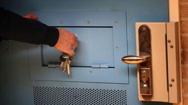 Gevangenen in isolatie om ziekteverschijnselen