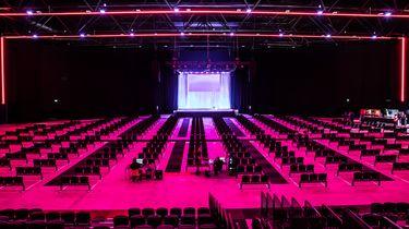 Een foto van de zaal van Main Stage