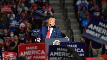 Een foto van Donald Trump tijdens zijn speech