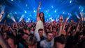 Op deze foto zie je liefhebbers van dance en bezoekers van het Amsterdam Musical Festival, een onderdeel van Amsterdam Dance Event (ADE). 'Verwacht deze zomer geen grote evenementen'