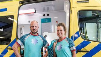 De nieuwe kleding van de ambulancemedewerkers. Foto: AZN