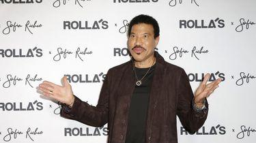 Lionel Richie wil een coronaversie van deze bekende hit