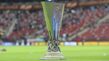 LIVE: Loting Ajax en AZ in de Europa League