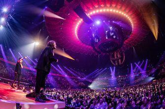 Een foto van DI-RECT tijdens De Vrienden van Amstel Live