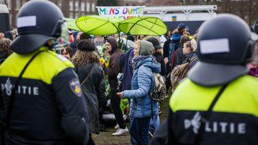 honderden mensen opgepakt demonstratie museumplein