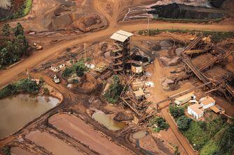 Mogelijk honderden doden bij dambreuk Brazilië