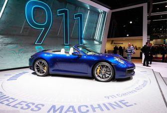 Een foto van Porsche Cabriolet als uit Massa is Kassa