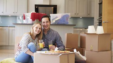Deskundigen adviseren om niet meer dan 30 procent van je netto-inkomen te besteden aan je huis. / Colourbox