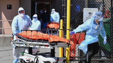 New York piept en kraakt, weer 630 doden