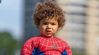 (Mini) superhelden vieren vandaag de vrijheid in hun favoriete kostuum