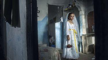 Topzangeressen bij stationspiano tegen kindhuwelijken