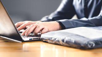 Webwinkels laks met terugbetalen klanten