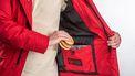 Chris, Henk en Joost bedachten 'The Burger Jacket': 'Om je burgers in warm te houden'