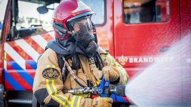 Twee mensen gewond door sprong uit raam van brandend huis Zaandam