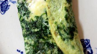 Hartige omelet met spinazie en feta