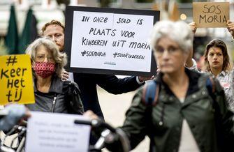 Protest van Nederlanders die willen dat vluchtelingenkinderen uit Moria worden opgevangen
