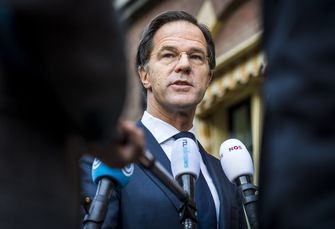 Premier Rutte reageert op de rellen