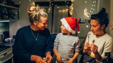 Nederlanders verkiezen kerst massaal boven Sinterklaas