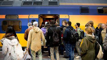 NS: vanaf zaterdag nog maar twee keer per uur een trein