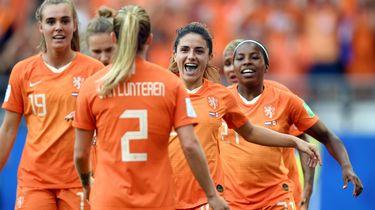Nederlandse voetbalsters groepswinnaar na derde zege