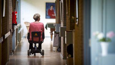 Afgrijzen over 'plascontract' in verpleeghuis