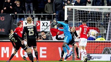 AZ blaast Ajax weg in eredivisie